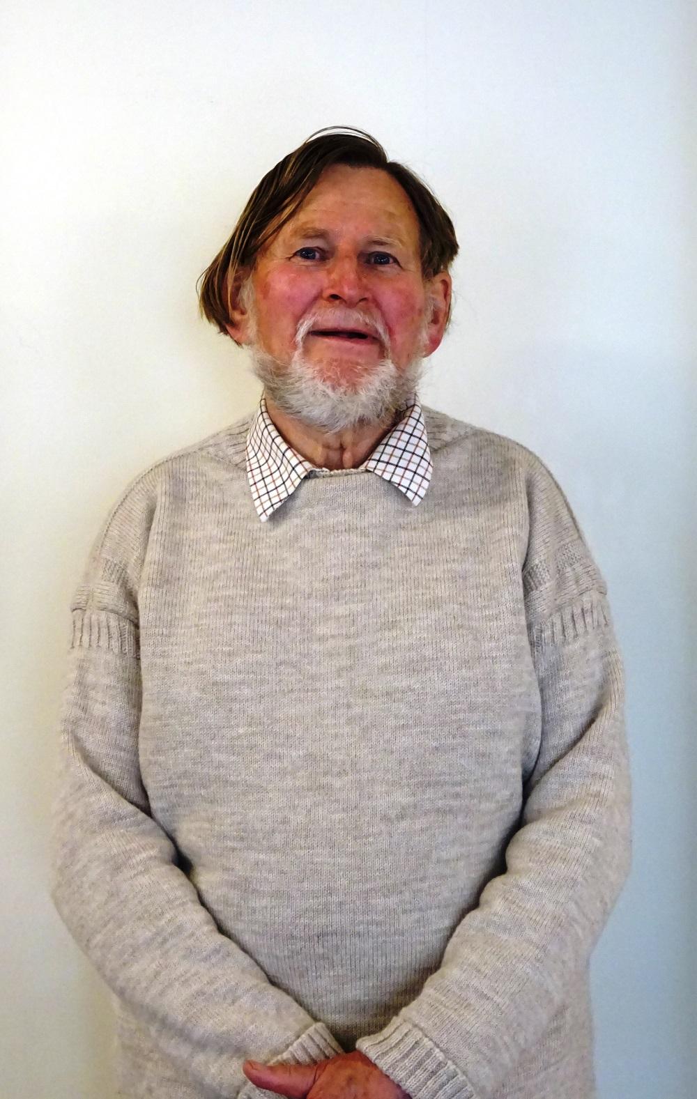Roger Holmes